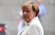 Merkel al quarto mandato, la sempiterna cancelliera resta in sella nonostante il calo dei voti