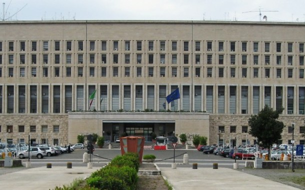 Lite diplomatica a distanza; Erdogan attacca e Renzi risponde