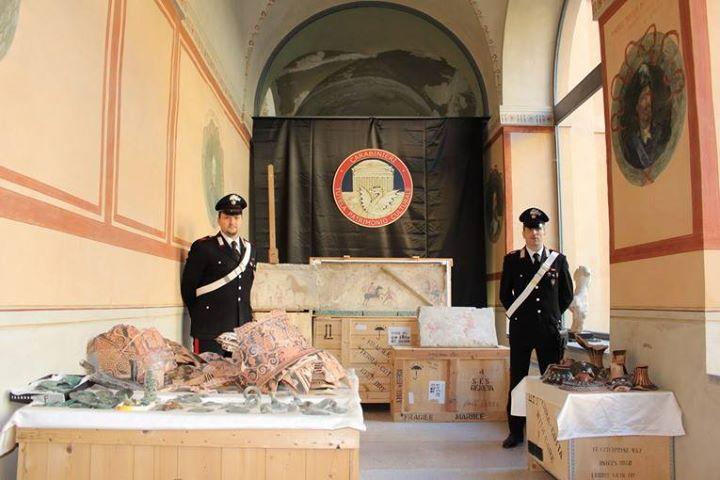 Reperti archeologici rubati: altre 45 casse fanno rientro a casa.