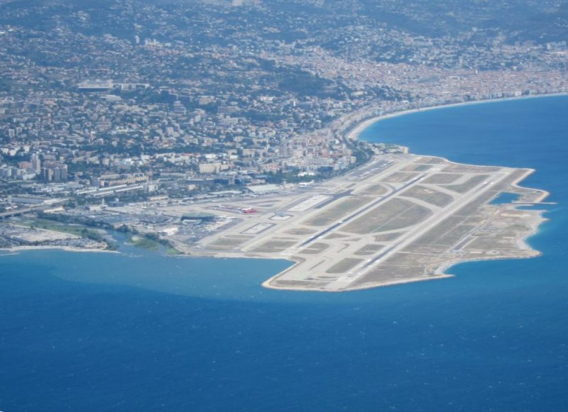 Aeroporto Nizza : Nizza francia il consorzio azzurra vince la gara per