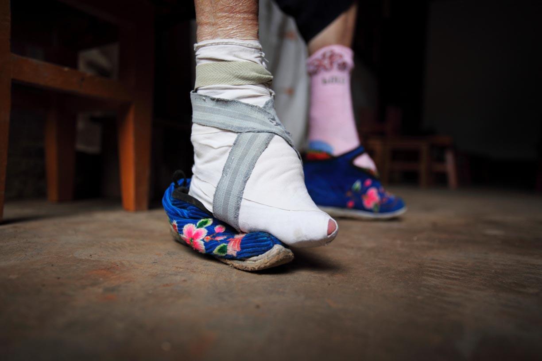 L 39 antica tradizione cinese dei piedi di loto per for Casa di 10000 piedi quadrati