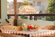 L'Hotel Venere; vacanza in simbiosi con la spiaggia d'argento ed il mare di Alba Adriatica, il Data Profile Entity per il web marketing