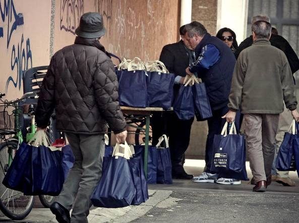 Istat; si stabilizza indice di povertà italiano