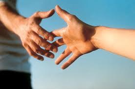Il segno della pace durante la S.  Messa; finzione o convinzione ?