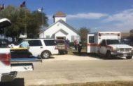 Orrore in Texas;  Spara fuori e dentro la chiesa, 26 morti e decine i feriti